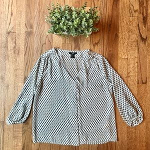 H&M white and navy blouse